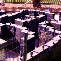 Counterweight maze