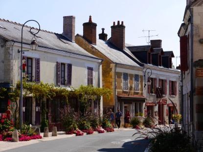 Cheverny street