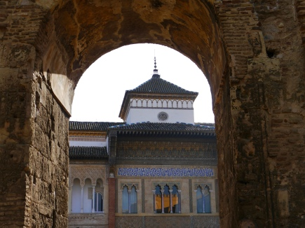 Real Alcazar entrance