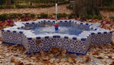 Tiled fountain, Maria Louisa park