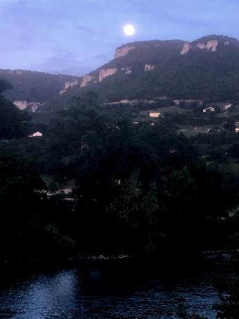 Full moon over Millau
