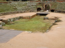 Amphitheatre; fighting pit
