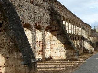 Aqueducto de San Lázaro
