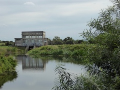 HE pumping station and sluice gate
